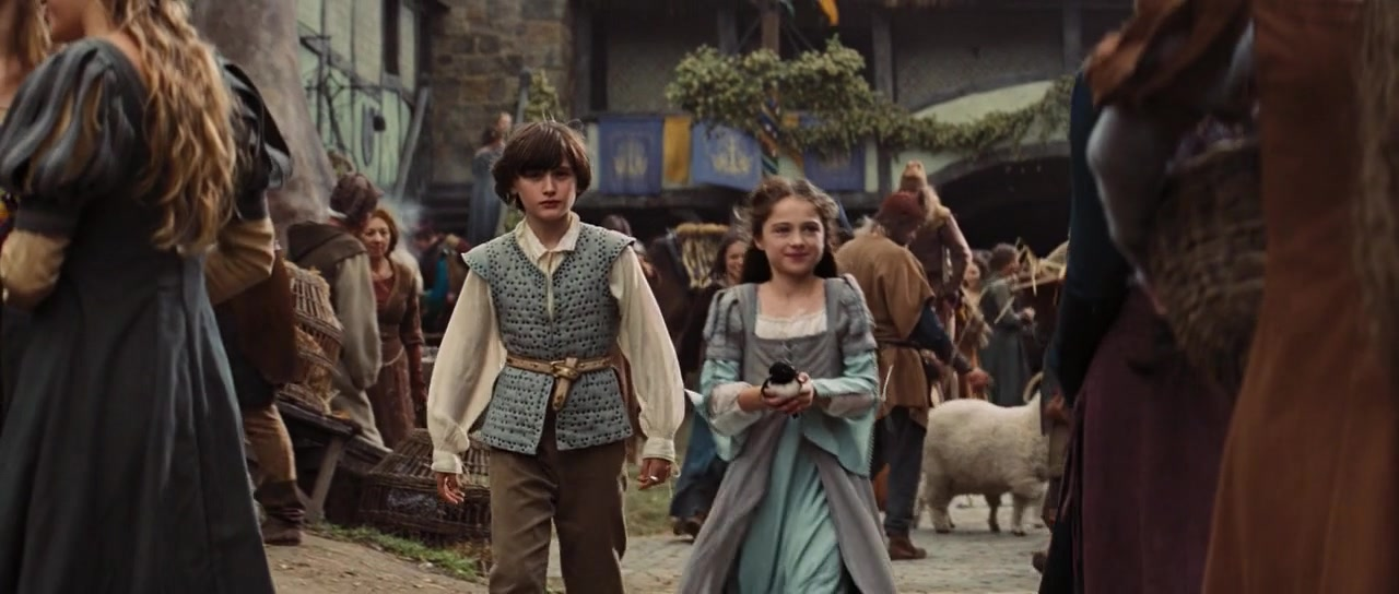 Snow White And The Huntsman Young Snow White The Young Snow White And Her