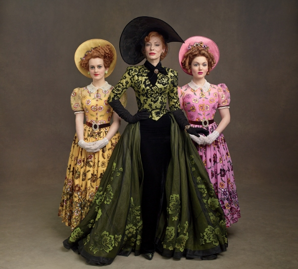 Lady Tremaine maintains a cold and striking beauty in green, whilst her daughters Anastasia & Drizella appear childish in their pale yellow and pink.